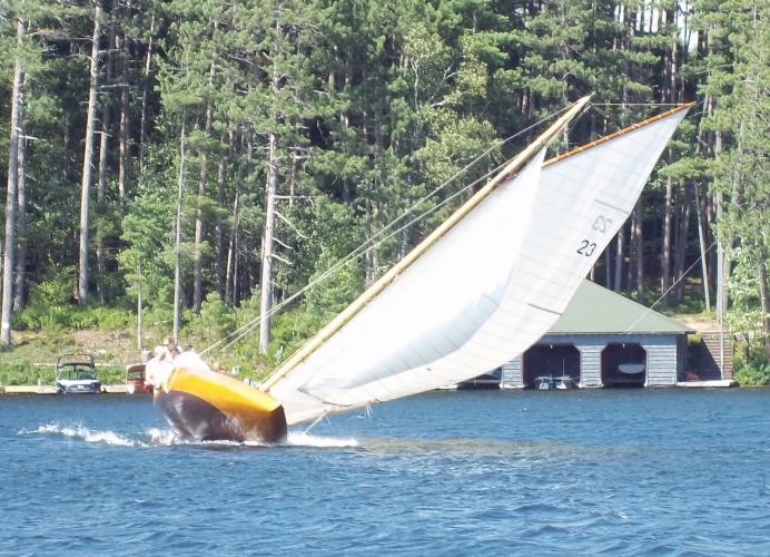 Idem Scow DRAGONFLY | Artisan Boatworks