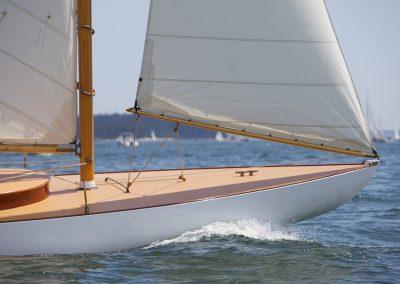 Artisan Boatworks Buzzards Bay 18 bow
